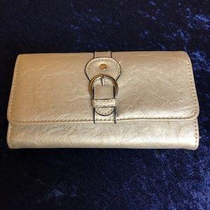EUC - Silver Wallet